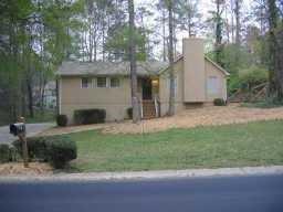 3272 Bluff Road, Marietta, GA 30062 (MLS #5999564) :: The Bolt Group