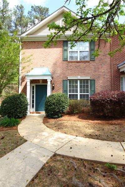 3739 Town Square Circle #6, Kennesaw, GA 30144 (MLS #5999633) :: North Atlanta Home Team