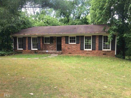 2358 Armand Road NE, Atlanta, GA 30324 (MLS #5999800) :: The Russell Group