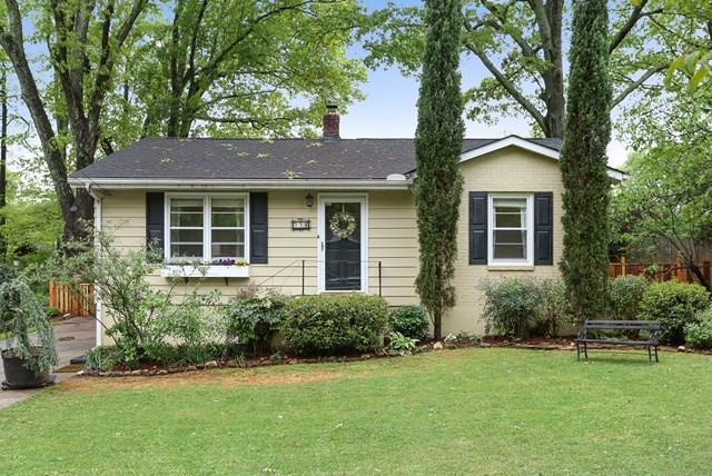 990 Pinedale Drive SE, Smyrna, GA 30080 (MLS #6001151) :: Charlie Ballard Real Estate