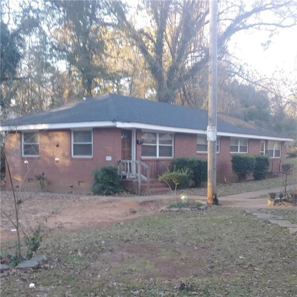 1907 Lyle Avenue, College Park, GA 30337 (MLS #6011027) :: RE/MAX Paramount Properties