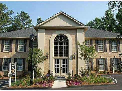 750 Dalrymple Road C2, Atlanta, GA 30328 (MLS #6012132) :: North Atlanta Home Team