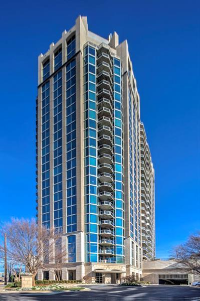 2795 Peachtree Road NE #1706, Atlanta, GA 30305 (MLS #6013242) :: The North Georgia Group