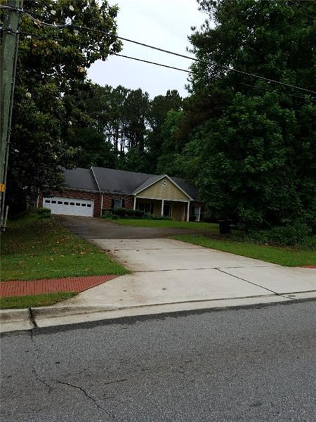 2369 Five Forks Trickum Road, Lawrenceville, GA 30044 (MLS #6013912) :: Rock River Realty