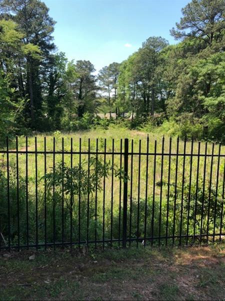 2043 Columbia Drive, Decatur, GA 30032 (MLS #6015128) :: North Atlanta Home Team