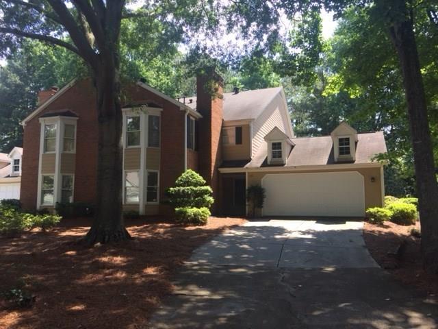 130 Great Oaks Lane #130, Roswell, GA 30075 (MLS #6018865) :: North Atlanta Home Team