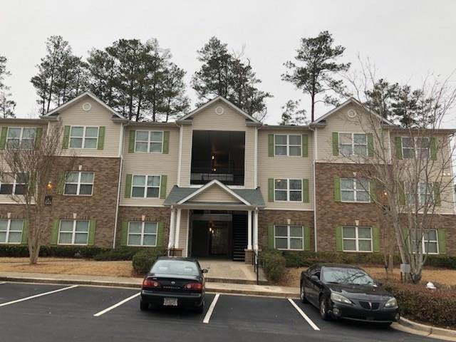 3302 Fairington Ridge Circle #3302, Lithonia, GA 30038 (MLS #6020061) :: RCM Brokers