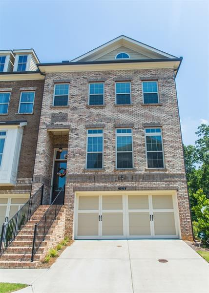 1028 Township Square, Alpharetta, GA 30022 (MLS #6028545) :: North Atlanta Home Team