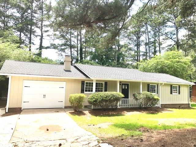 2913 Deshong Drive, Stone Mountain, GA 30087 (MLS #6030205) :: Iconic Living Real Estate Professionals