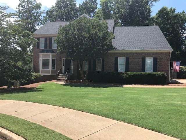 10520 Stonepoint Place, Johns Creek, GA 30097 (MLS #6032066) :: Good Living Real Estate