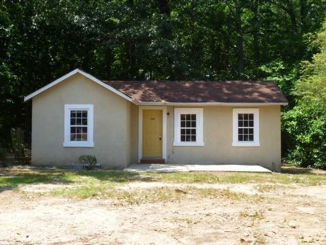 3749 W Rogers Bridge Road W, Duluth, GA 30097 (MLS #6032347) :: Carr Real Estate Experts