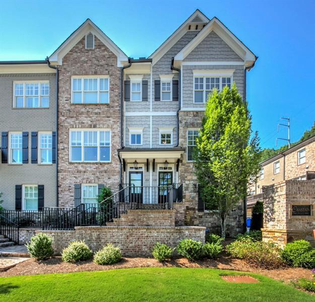 220 Chastain Preserve Lane NE, Atlanta, GA 30342 (MLS #6033011) :: RE/MAX Paramount Properties