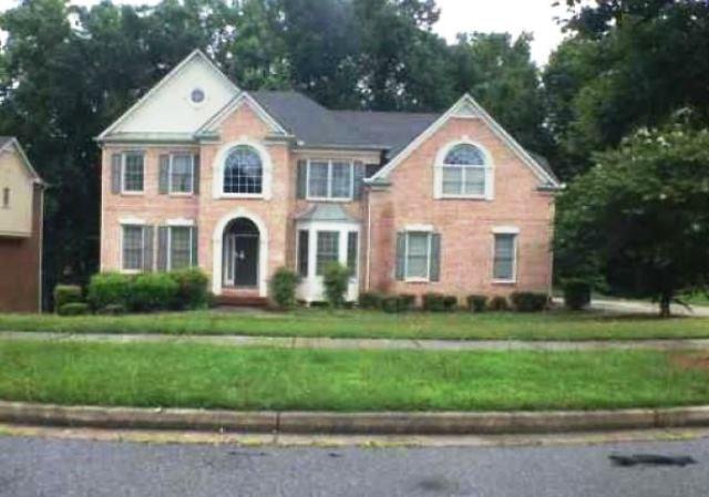 525 Pickford Place, Atlanta, GA 30349 (MLS #6033589) :: RE/MAX Paramount Properties