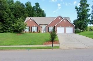 5667 Pleasant Woods Drive, Flowery Branch, GA 30542 (MLS #6035111) :: The Cowan Connection Team