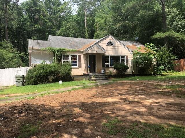 3844 Old Gordon Road NW, Atlanta, GA 30336 (MLS #6041532) :: RE/MAX Paramount Properties