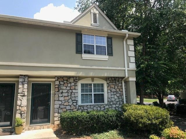 6900 Roswell Road B6, Atlanta, GA 30328 (MLS #6042688) :: The Cowan Connection Team