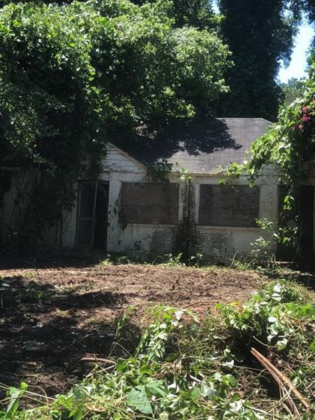 1656 Nekoma Street NW, Atlanta, GA 30318 (MLS #6045446) :: The Hinsons - Mike Hinson & Harriet Hinson