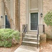 6980 Roswell Road A4, Sandy Springs, GA 30328 (MLS #6046204) :: The North Georgia Group