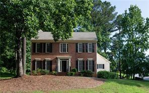 2530 Lockemeade Way, Lawrenceville, GA 30043 (MLS #6046577) :: The Russell Group