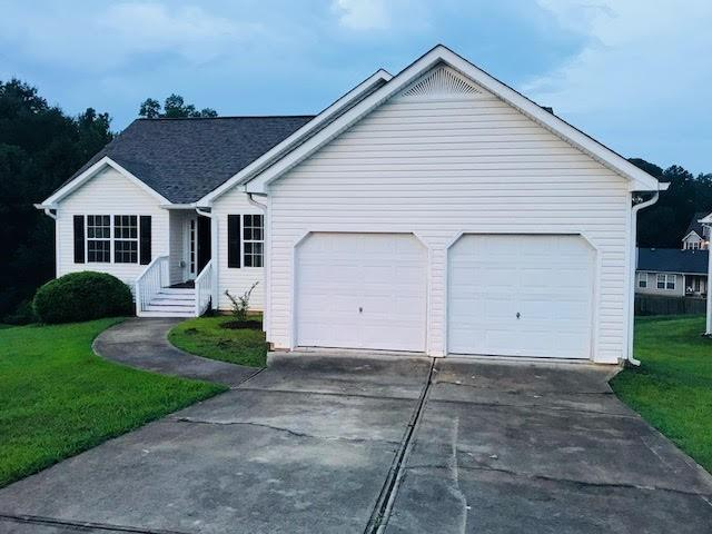 4740 Camelot Drive, Douglasville, GA 30135 (MLS #6051511) :: The Russell Group