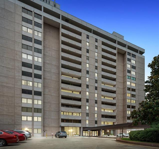 3530 Piedmont Road NE 8F, Atlanta, GA 30305 (MLS #6052690) :: Buy Sell Live Atlanta