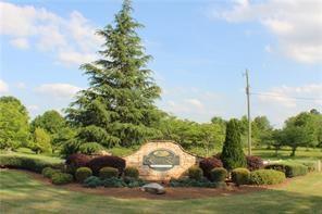 197 River Bend Drive, Hoschton, GA 30548 (MLS #6056415) :: North Atlanta Home Team