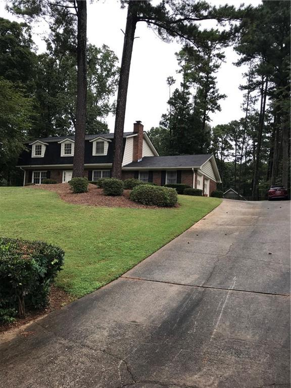 456 Bruce Way SW, Lilburn, GA 30047 (MLS #6058155) :: The Cowan Connection Team