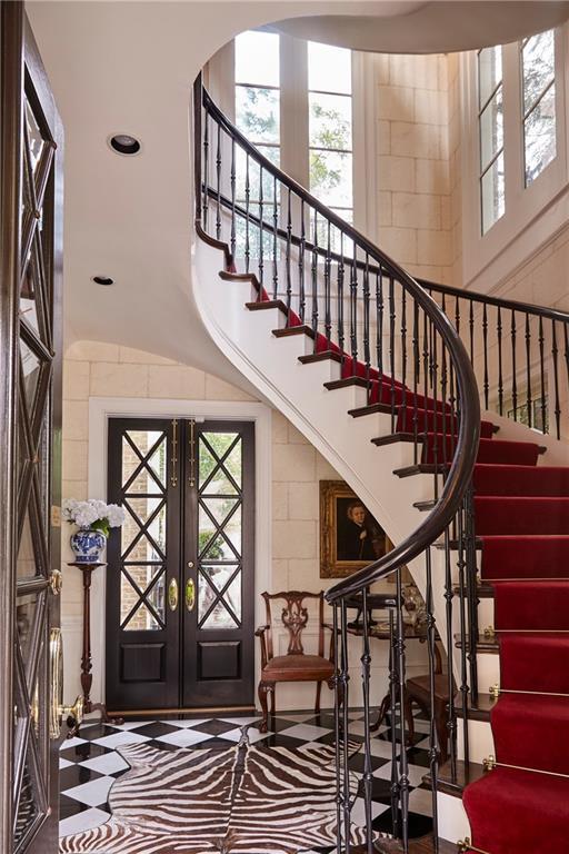 122 Old Ivy Road NE #19, Atlanta, GA 30342 (MLS #6058942) :: Iconic Living Real Estate Professionals
