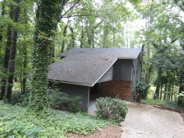 1852 Lake Lucerne Drive SW, Lilburn, GA 30047 (MLS #6062896) :: RE/MAX Prestige