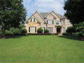 12760 Oak Falls Drive, Alpharetta, GA 30009 (MLS #6070195) :: North Atlanta Home Team