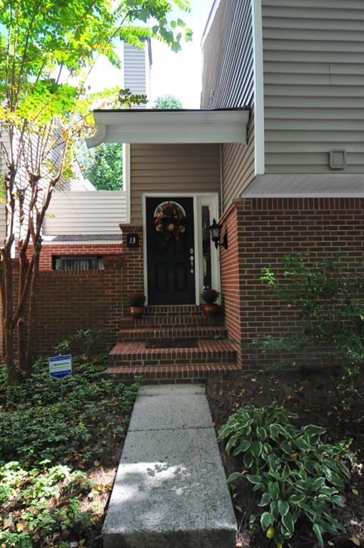 13 Dunwoody Springs Drive #13, Sandy Springs, GA 30328 (MLS #6074145) :: Iconic Living Real Estate Professionals