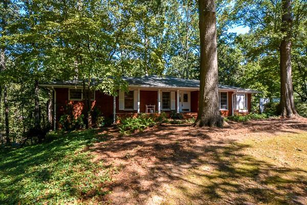 2019 English Lane, College Park, GA 30337 (MLS #6075183) :: The Russell Group