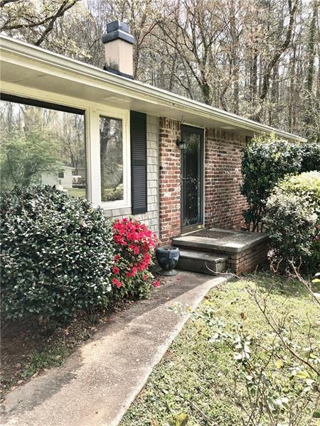 1743 Wayland Circle NE, Brookhaven, GA 30319 (MLS #6085466) :: North Atlanta Home Team