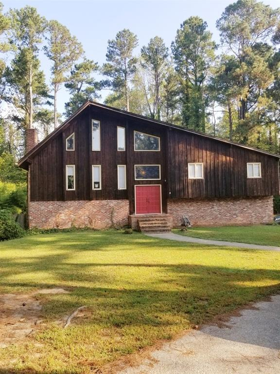 422 Banks Road, Fayetteville, GA 30214 (MLS #6085653) :: The Hinsons - Mike Hinson & Harriet Hinson