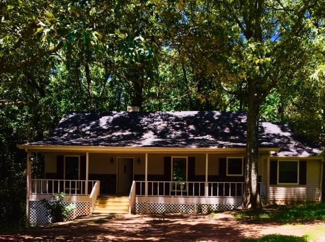 3125 Stone Oak Drive, Douglasville, GA 30135 (MLS #6086999) :: Kennesaw Life Real Estate