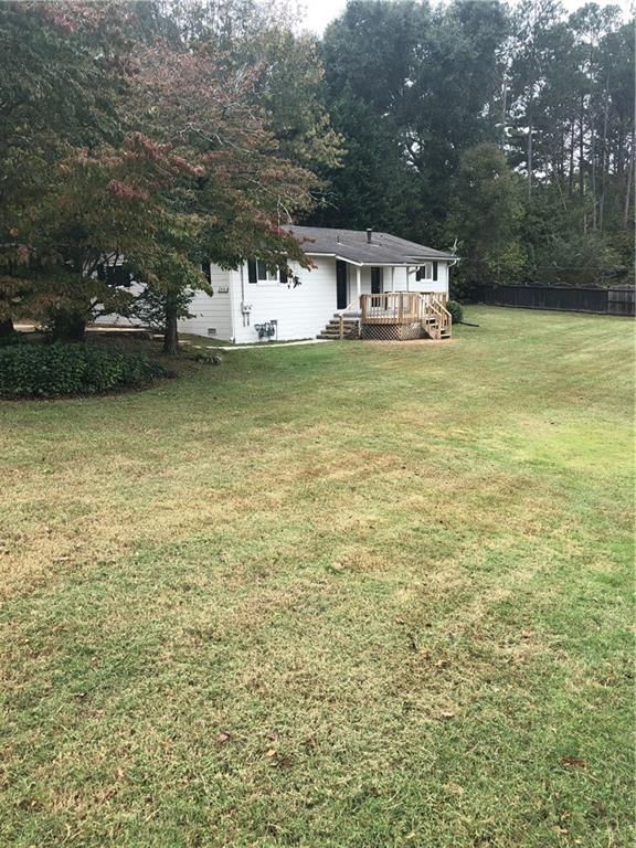 2915 Davis Road NE, Marietta, GA 30062 (MLS #6087659) :: Rock River Realty