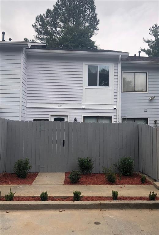 469 Northridge Crossing Drive, Sandy Springs, GA 30350 (MLS #6089703) :: Five Doors Roswell | Five Doors Network