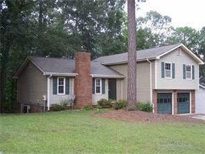 656 Almand Branch Road, Conyers, GA 30094 (MLS #6089871) :: RE/MAX Paramount Properties