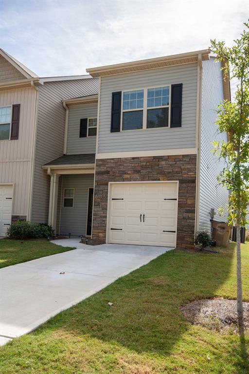 635 Oakside Place, Acworth, GA 30102 (MLS #6091022) :: North Atlanta Home Team