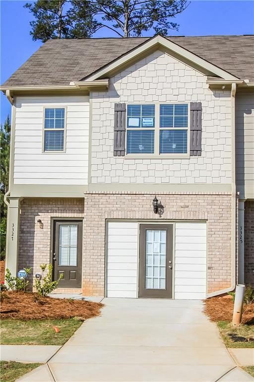 5853 Taka Lane #328, Lithonia, GA 30038 (MLS #6091652) :: North Atlanta Home Team