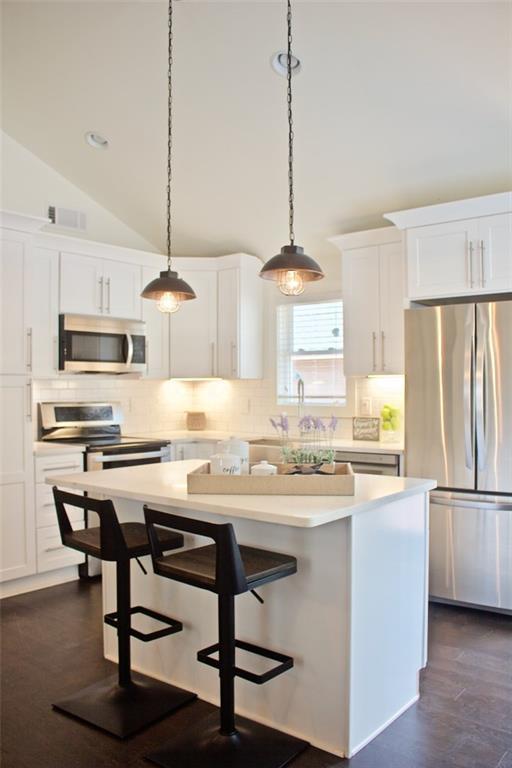 198 Clay Street SE, Atlanta, GA 30317 (MLS #6093282) :: Kennesaw Life Real Estate