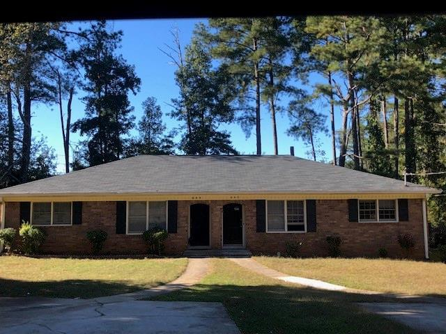 499 Charleston Lane, Lawrenceville, GA 30046 (MLS #6093378) :: RE/MAX Paramount Properties