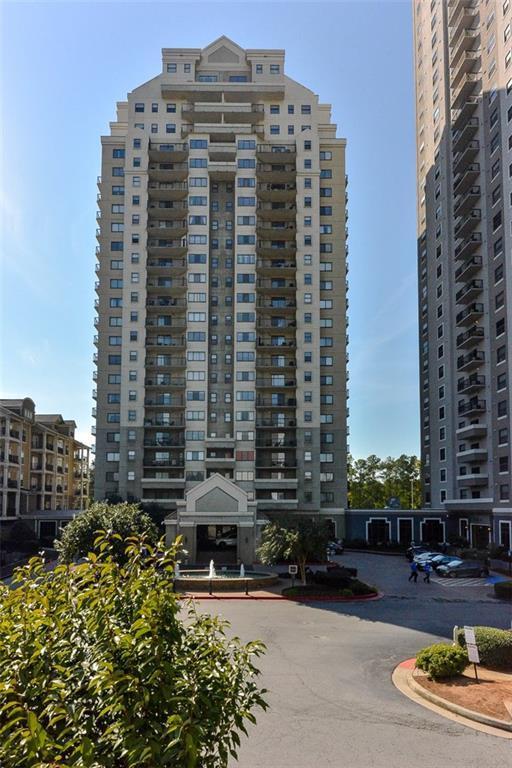 795 Hammond Drive #201, Atlanta, GA 30328 (MLS #6095027) :: RE/MAX Paramount Properties
