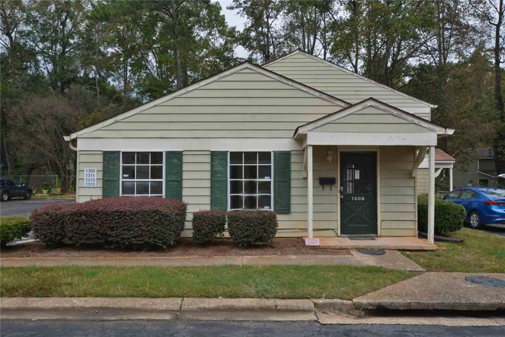 1309 Old Coach Road - Photo 1