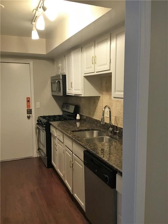 6851 Roswell Road D31, Atlanta, GA 30328 (MLS #6096260) :: RE/MAX Paramount Properties