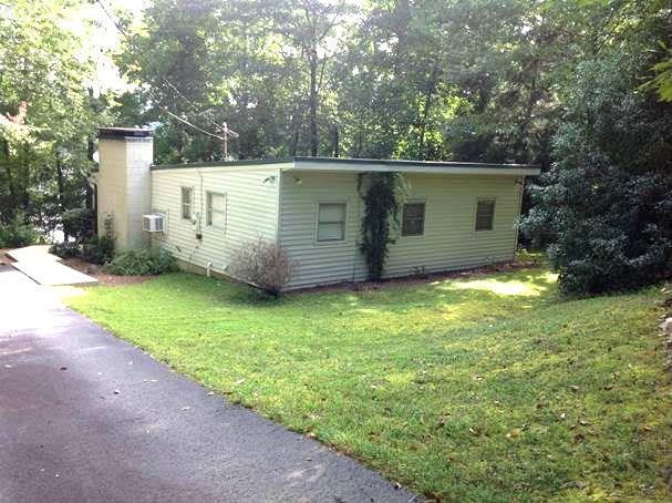 199 Holly Hill Road, Dawsonville, GA 30534 (MLS #6099449) :: The North Georgia Group