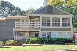 1706 Riverview Drive #1706, Marietta, GA 30067 (MLS #6099529) :: RE/MAX Paramount Properties