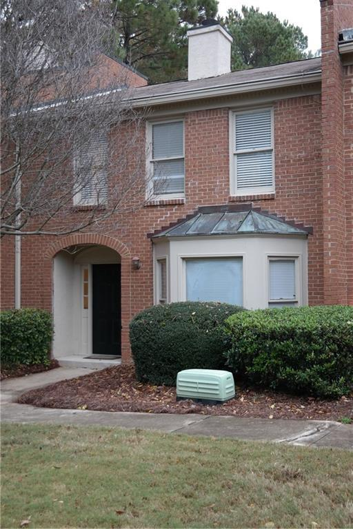 4162 Darby Way, Duluth, GA 30096 (MLS #6100701) :: North Atlanta Home Team