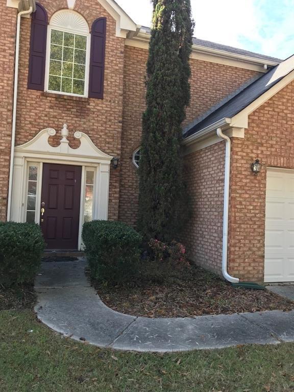 College Park, GA 30349 :: RE/MAX Paramount Properties