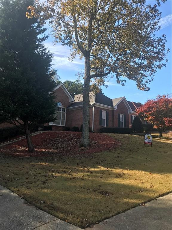 1652 Paces Vale Court, Lawrenceville, GA 30043 (MLS #6102697) :: North Atlanta Home Team